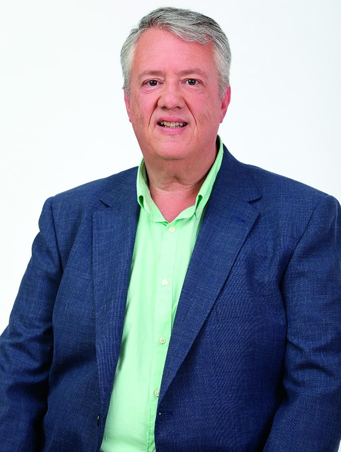 Diplomado en Magisterio por la ULPGC. Consejero de Cultura, Patrimonio Histórico y Museos del Cabildo de Gran Canaria 2015-2019. Ha sido gerente de comunidades de regantes. 54 años. Vive en el casco de Gáldar.