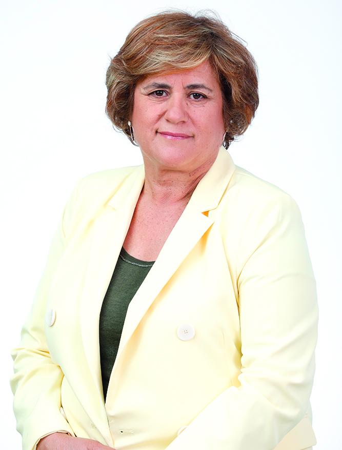 Floricultora. Ha trabajado en el sector tomatero y en floristería. Ha sido delegada sindical de Aparcería. 61 años. Nacida en Fagajesto (Chirino) y vive en La Enconada.